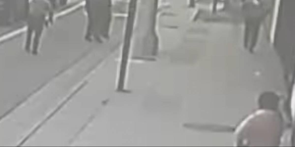 Policías dispararon 16 veces contra un joven que no representaba una amenaza