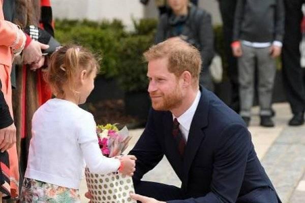 El príncipe Harry se pone en modo papá y arremete contra Fortnite