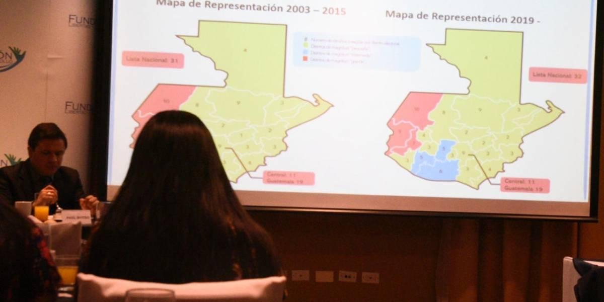 """Informe identifica tres """"distorsiones"""" del sistema electoral para designar diputados"""