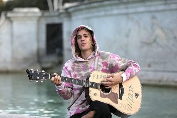 Justin Bieber se disculpó tras la metida de pata con su broma