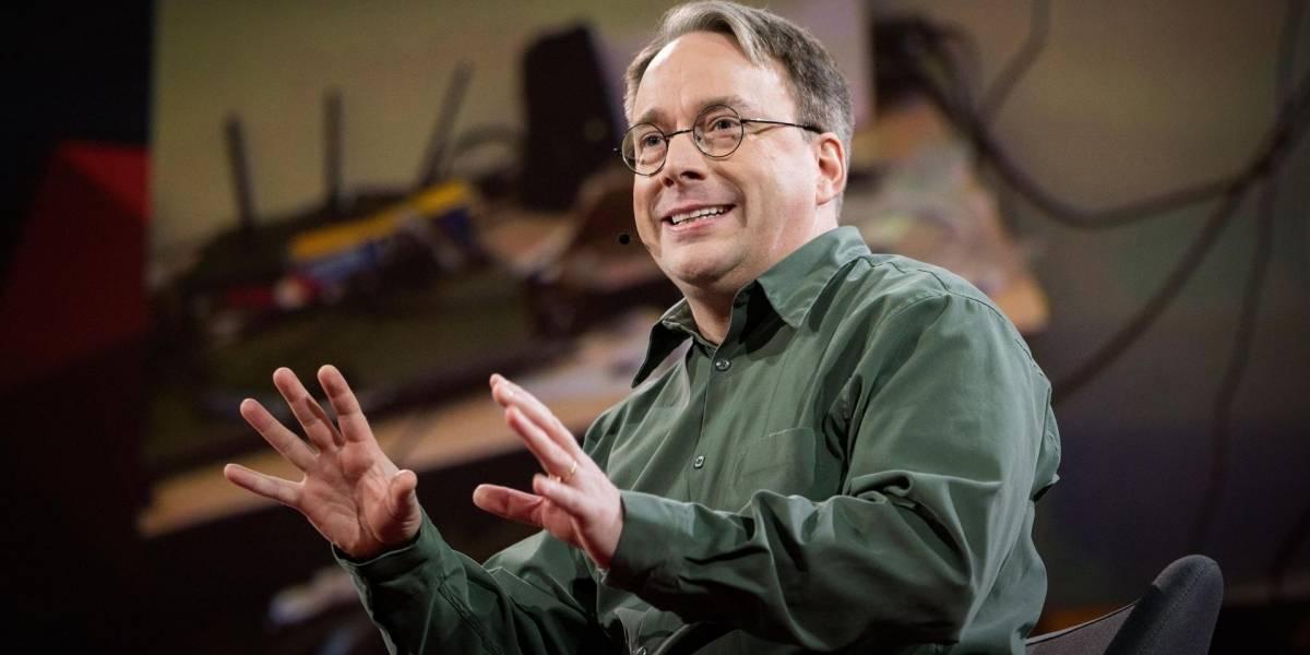 """Linus Torvalds considera que las redes sociales son """"una enfermedad"""""""
