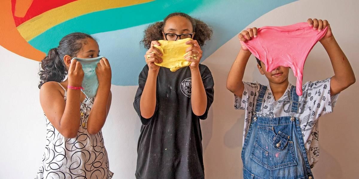 Sucesso entre todas as idades, vídeos de como fazer Slime são fenômeno na web