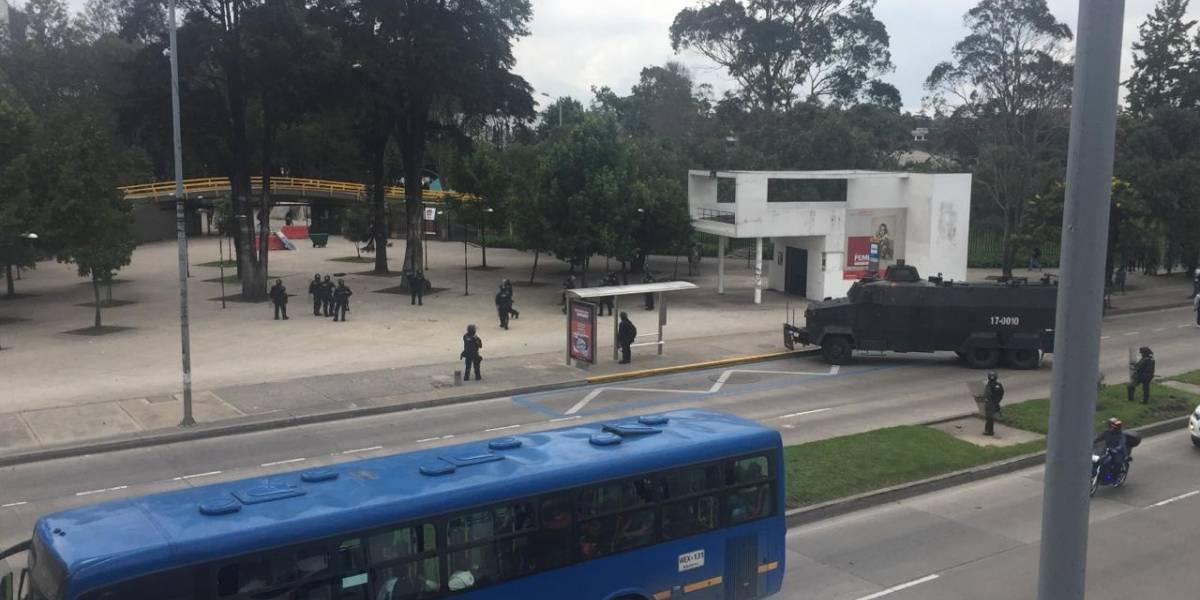 Protesta en la Universidad Nacional y Pedagógica en apoyo a la minga