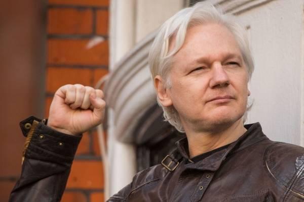 "Ecuador ""revelará detalles que el mundo no conoce sobre Julian Assange"""
