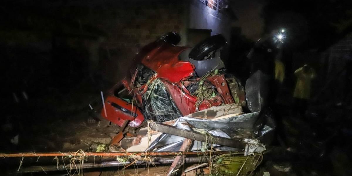Enxurrada deixa três mortos e ao menos 40 feridos em Teresina