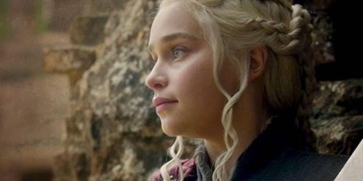 """Fanáticos de """"Game of Thrones"""" tienen la teoría de que Daenerys Targaryen será la verdadera villana en la temporada final"""