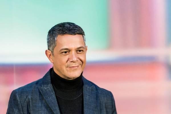 Alejandro Sanz se retira de los escenarios por enfermedad crónica