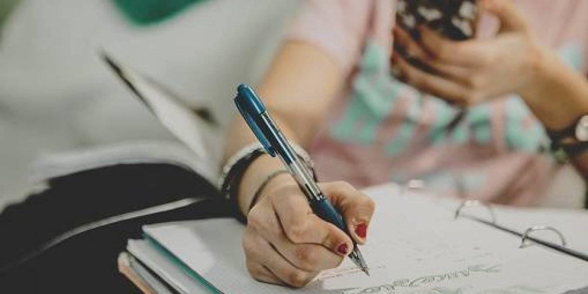 """""""Me rindo"""": la carta de profesor universitario para explicar que renuncia a su cátedra porque alumnos son """"simplemente insoportables"""""""