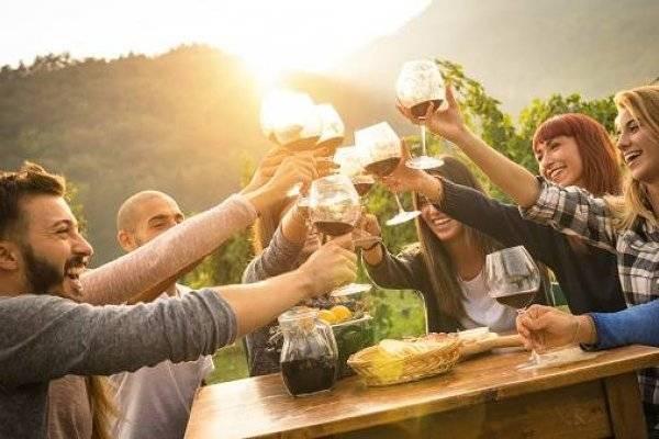 ¿Qué provoca tomar una bebida alcohólica al día?
