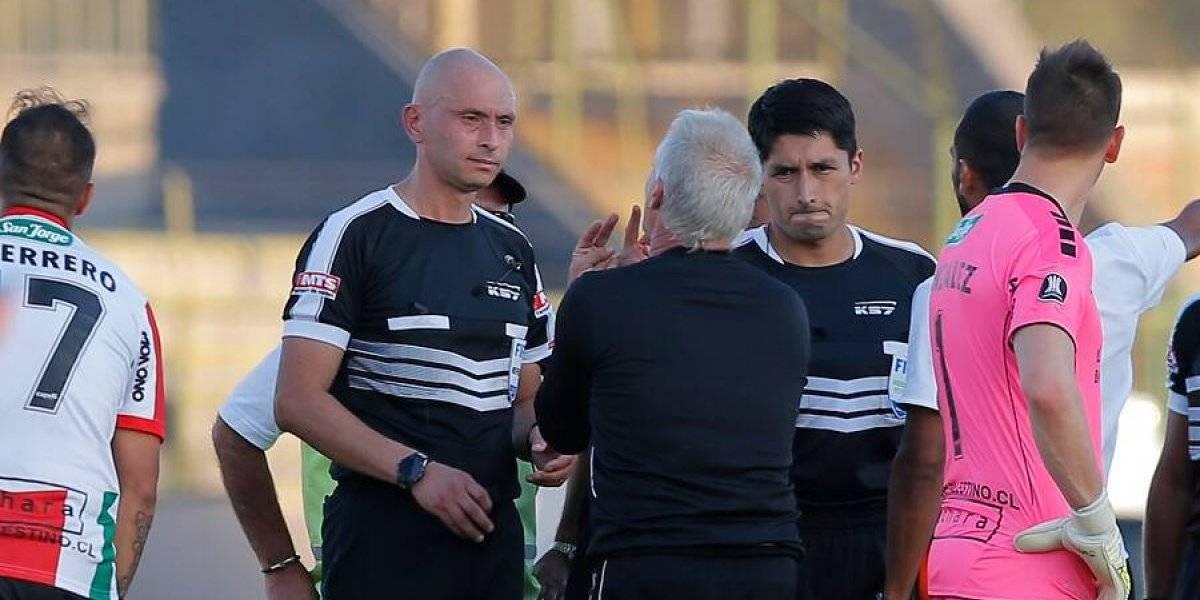 """Ivo Basay nuevamente criticó el arbitraje nacional: """"No están ayudando al fútbol, lo están perjudicando"""""""