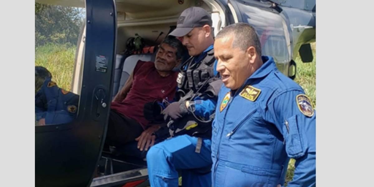 FURA rescata anciano que padece de Alzheimer desaparecido hace tres días en Arecibo