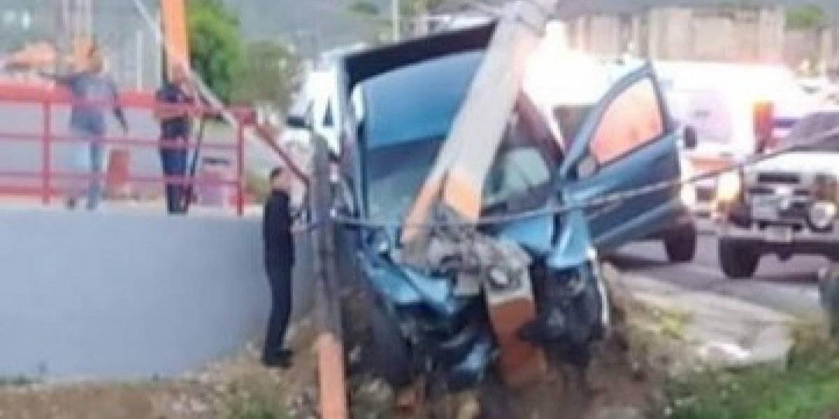 Joven sale expulsado tras accidente de Gurabo hacia Caguas