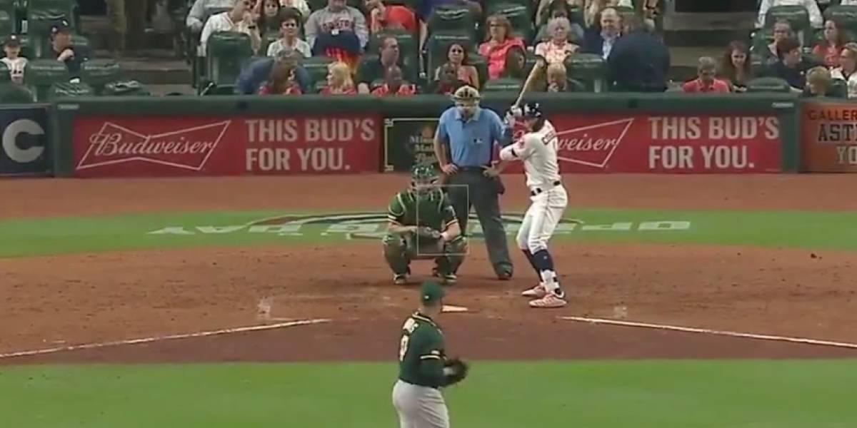 Correa dispara su primer homerun de la temporada