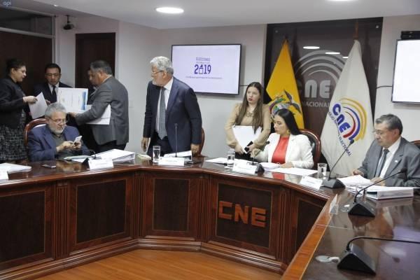 El Consejo Nacional Electoral aprobó la repetición de las elecciones en 14 recintos