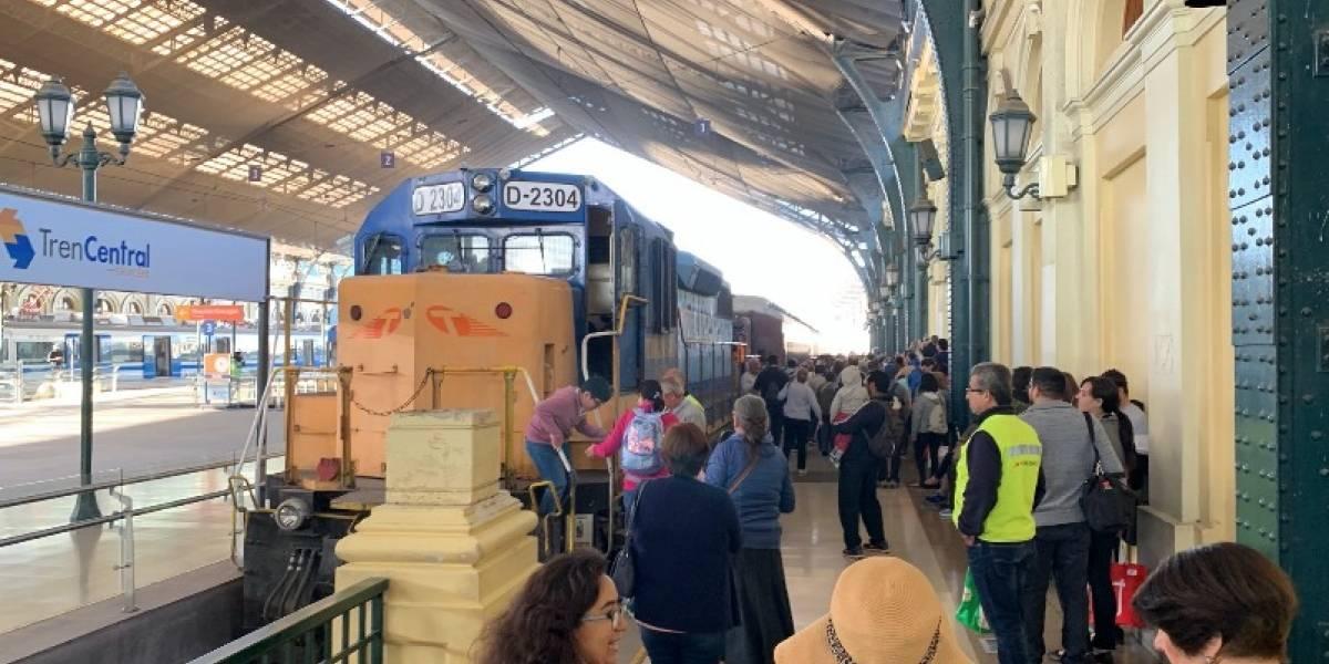Fiesta de la vendimia activó Expreso del recuerdo: tras 25 años ferrocarril volvió al Valle de Aconcagua