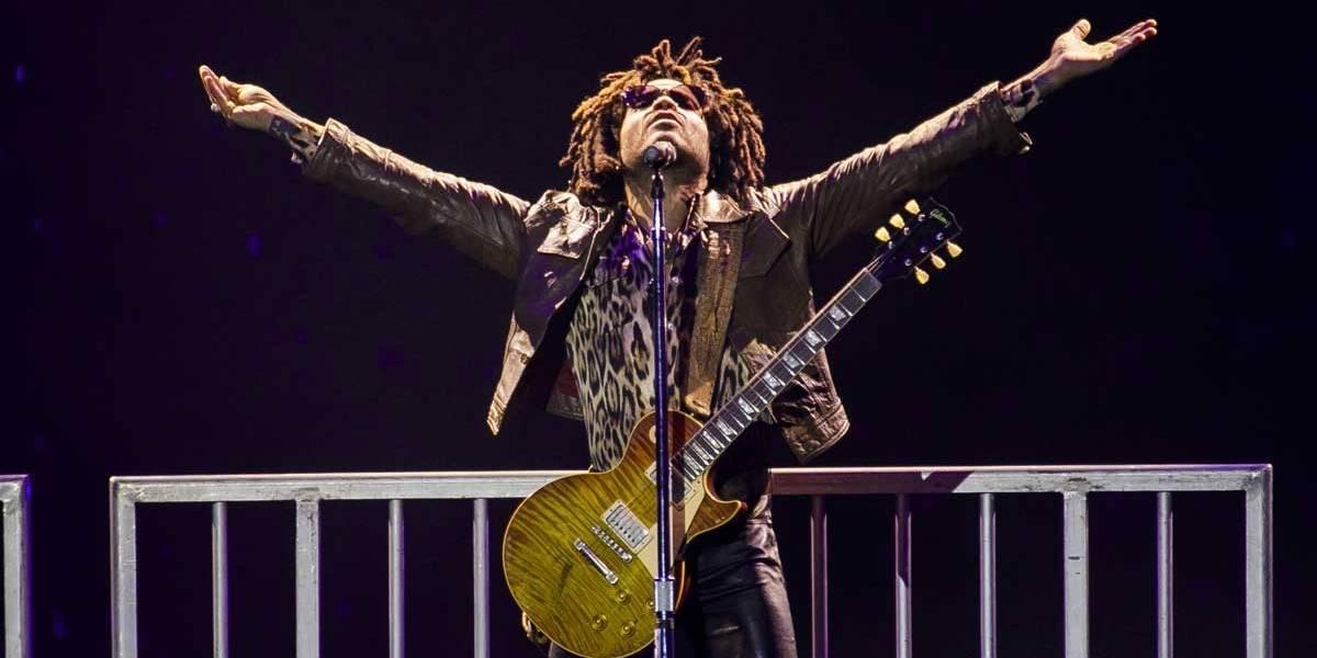 Lollapalooza: Em dia de shows curtos por causa da chuva, Lenny Kravitz enfileira hits