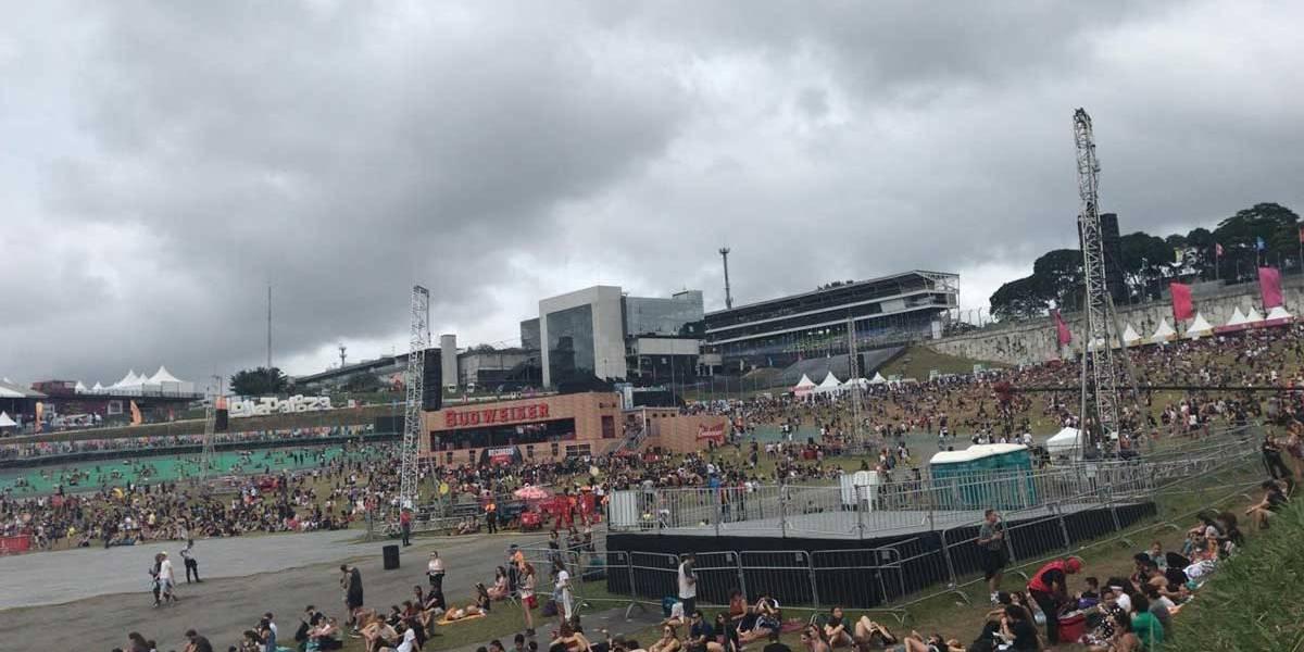Segundo dia do Lollapalooza é interrompido por ameaça de chuvas com raios