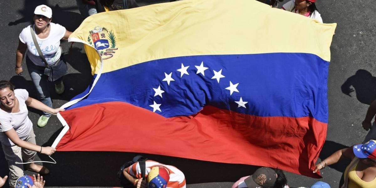 Maduro ordena duplicar el salario mínimo en Venezuela
