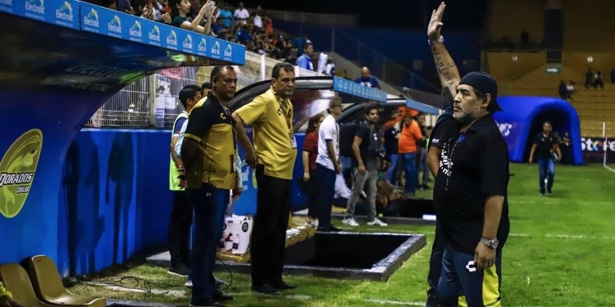 """Maradona dejará a los Dorados de México por """"culpa"""" de los árbitros"""