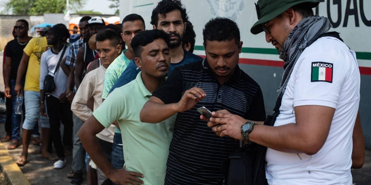 México deporta a 51 migrantes ilegales a Cuba