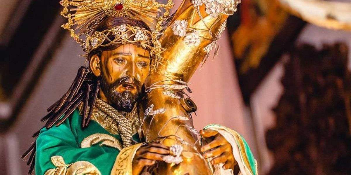 Las réplicas de Cristo Rey y la Virgen María convocan a miles de niños y niñas