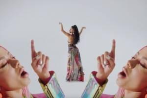 """Anitta y Becky G encienden las redes con """"Banana"""", su nuevo videoclip"""