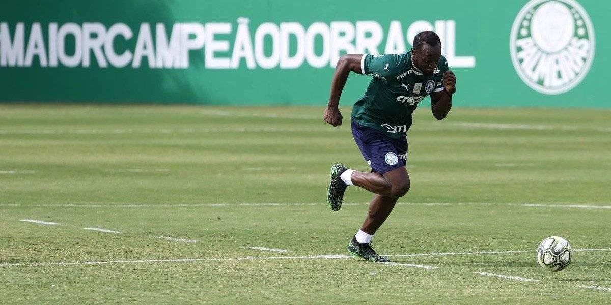Usain Bolt entrena con el Palmeiras de Brasil
