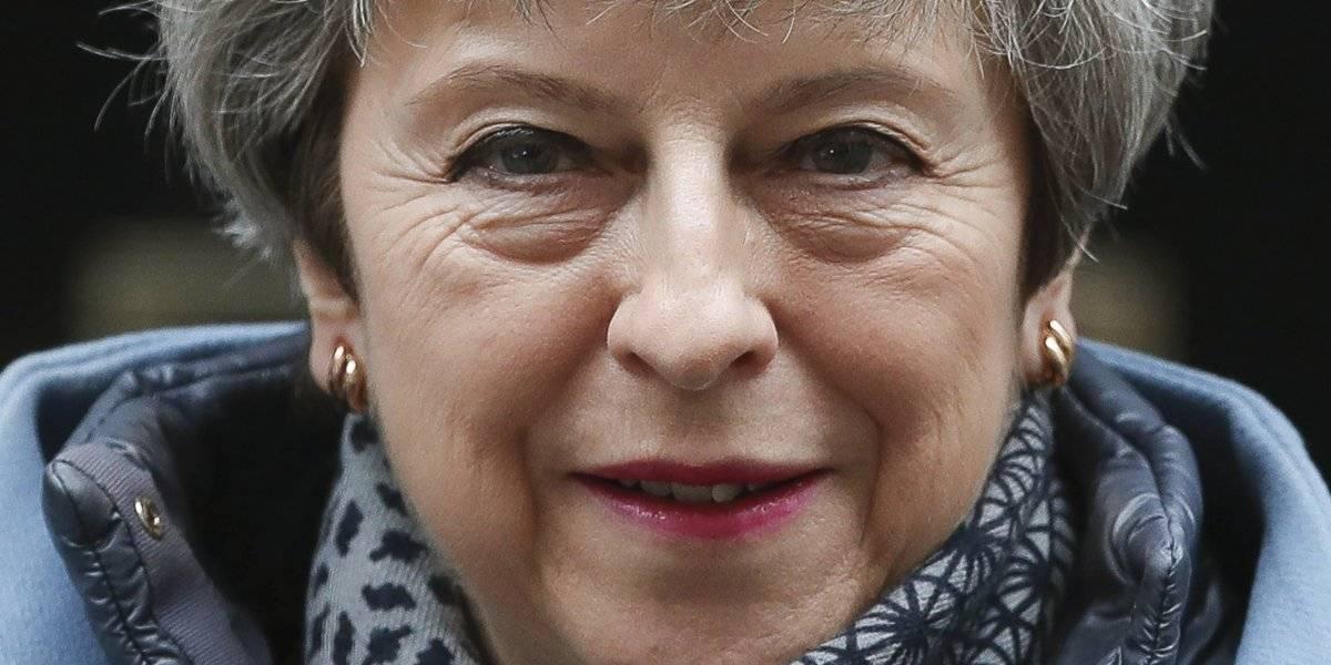 Otro golpe para May: primera ministra reconoce fracaso para conseguir aprobación del Brexit