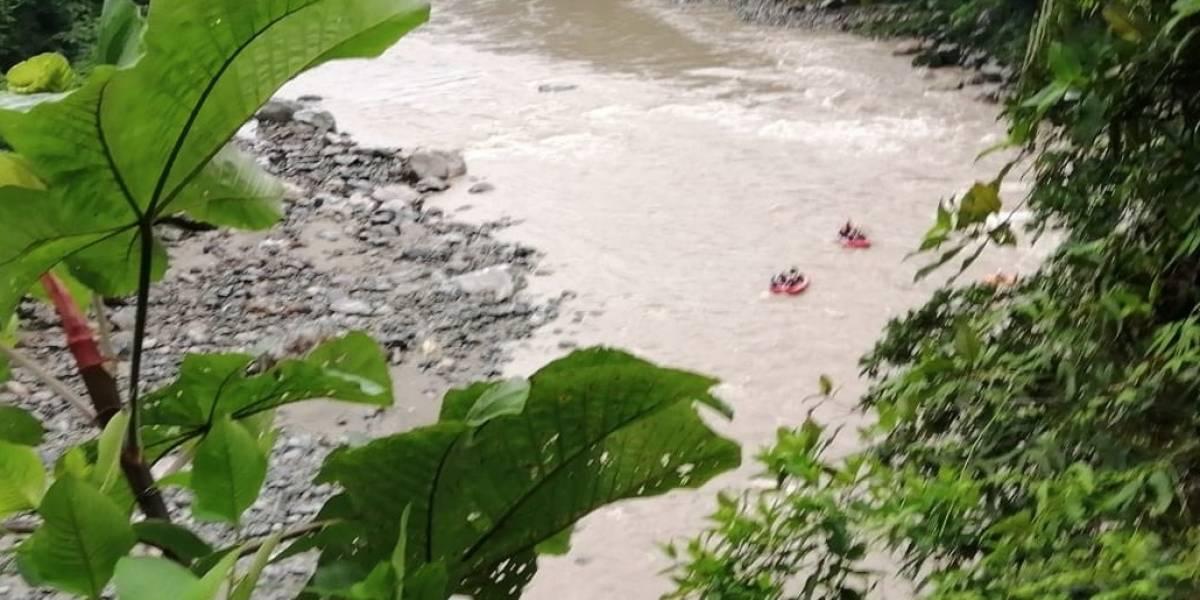 """""""Nadie nos dio instrucciones"""": Se pronunciaron dos compañeros del joven español que desapareció en el río Napo"""