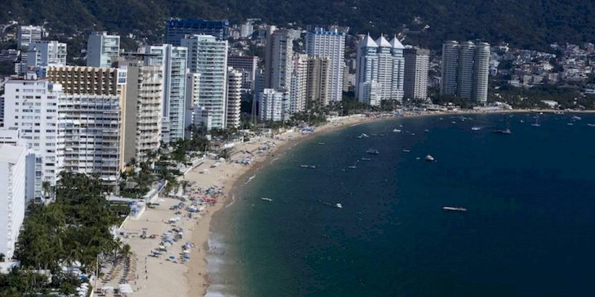 Cae turista ecuatoriana del décimo piso de un hotel en Acapulco y muere