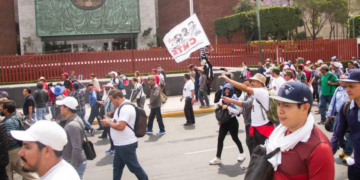 Cancelará AMLO su Reforma Educativa si no hay acuerdo con maestros