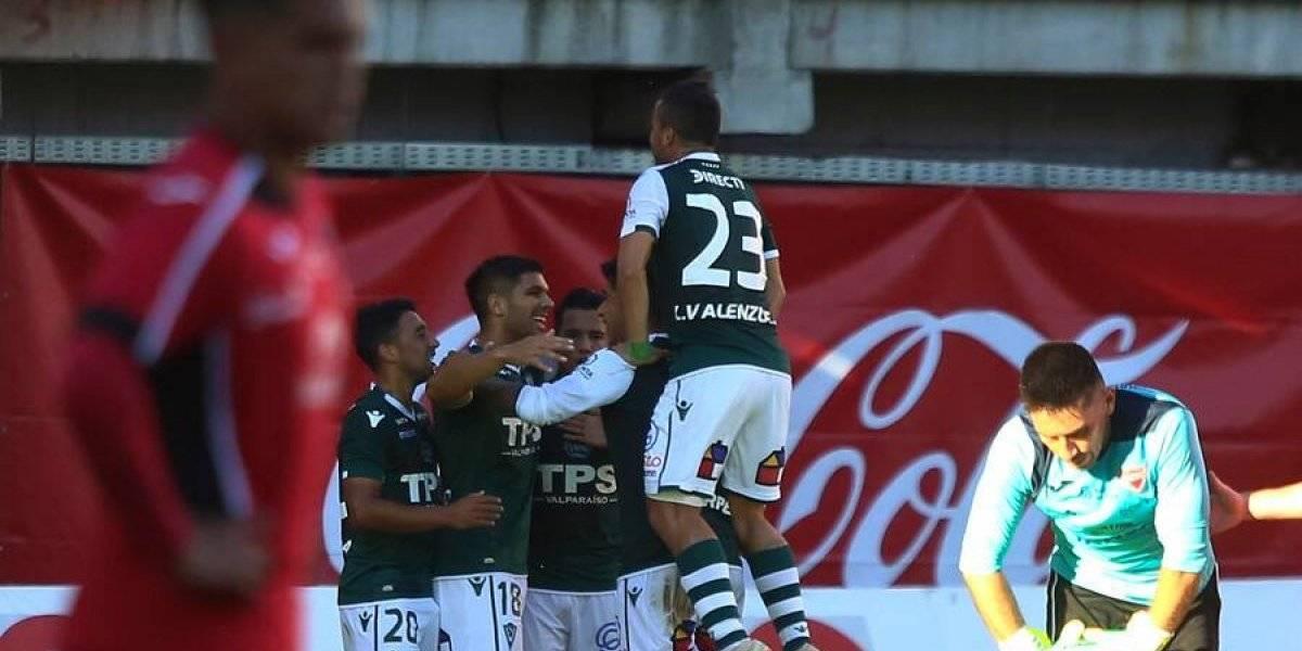 Santiago Wanderers sigue como exclusivo puntero de Primera B tras darle un baile a Ñublense