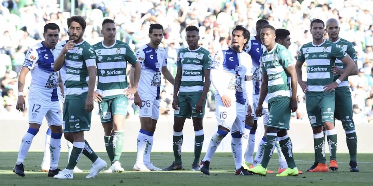 Santos y Pachuca reparten puntos en un juego para el olvido