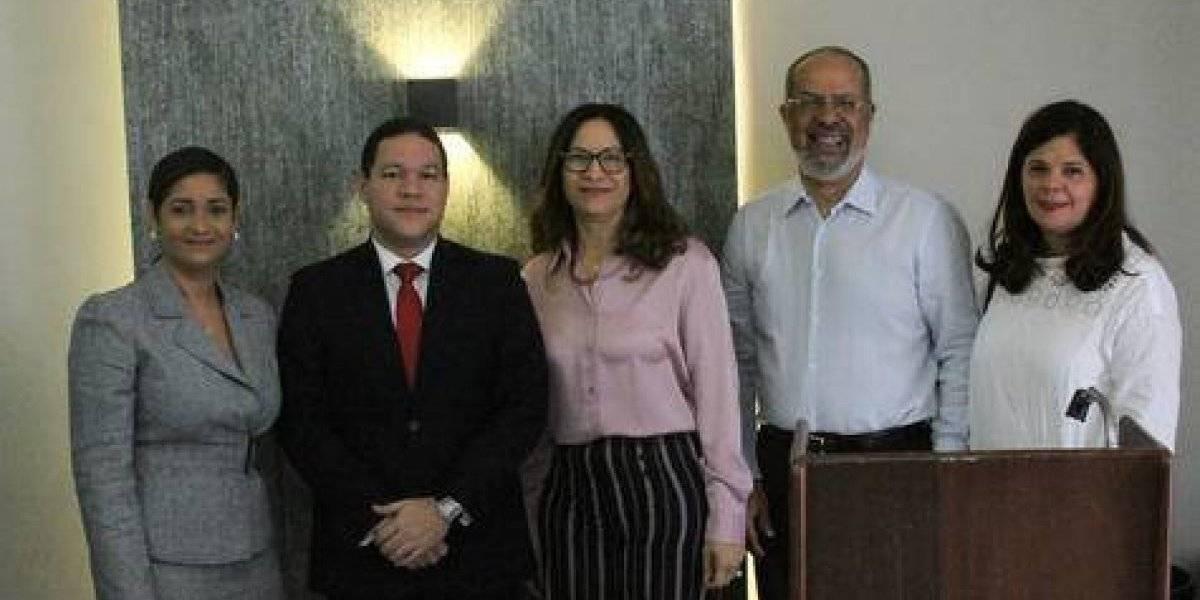 ADORA e Indotel impartieron taller sobre Ley 153-98 de Telecomunicaciones