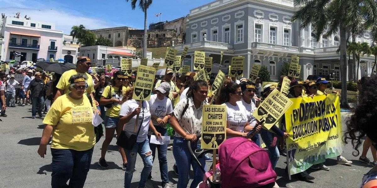 Comunidades escolares y universitarias marchan en contra de la Ley 85