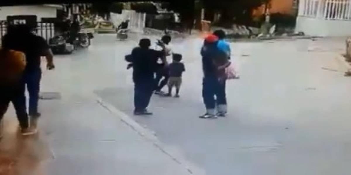 En video: Aparatoso accidente entre motos que eran perseguidas por la Policía