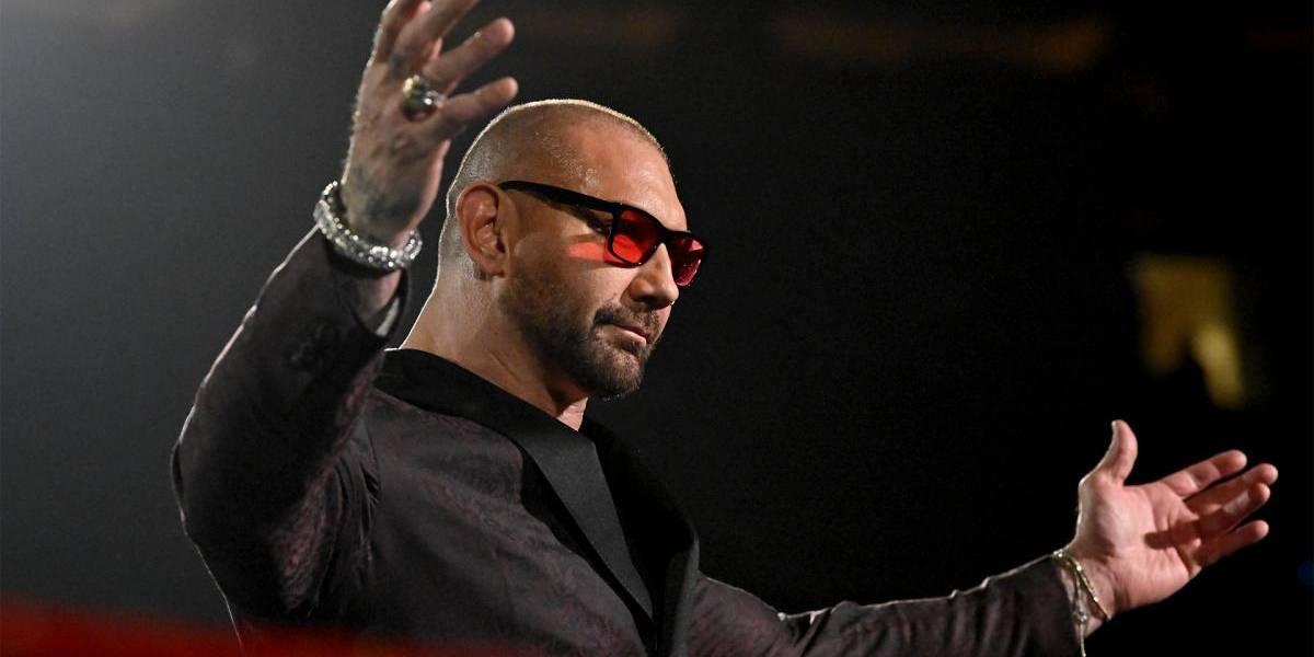Batista anuncia su retiro tras brutal lucha en WrestleMania