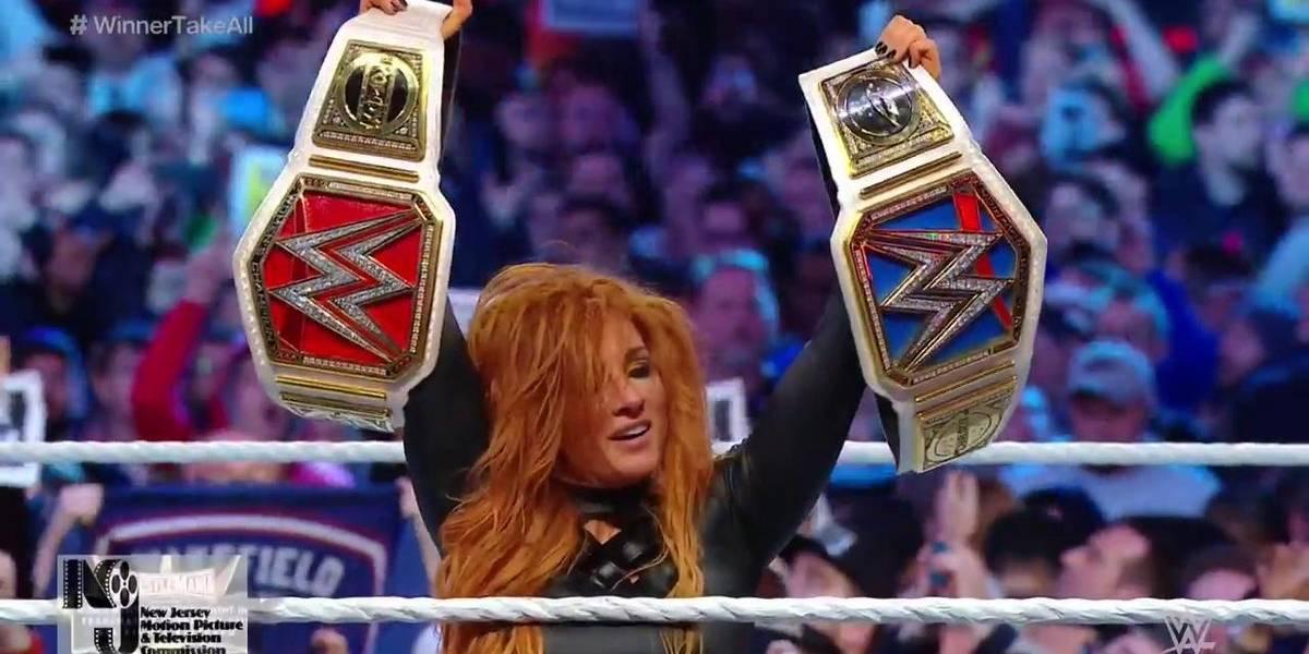 Becky Lynch se corona como nueva reina de WWE