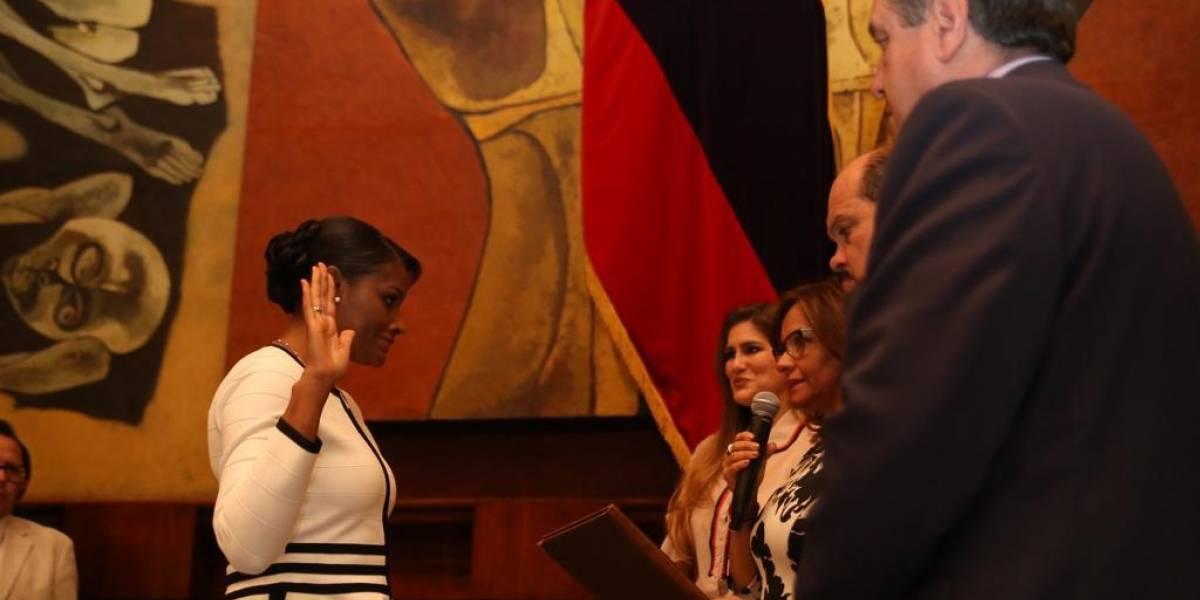 Así fue el momento de la posesión de Diana Salazar como nueva Fiscal General