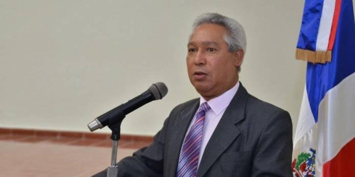 """Ministro de Economía afirma que el pacto fiscal es """"una necesidad nacional"""""""
