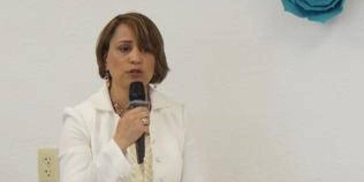 """Periodista Jacqueline Tineo presentó libro """"Silencios del Alma"""""""