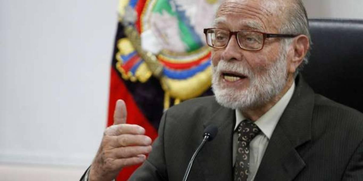 Muere a los 88 años Julio César Trujillo, presidente del CPCCS-T