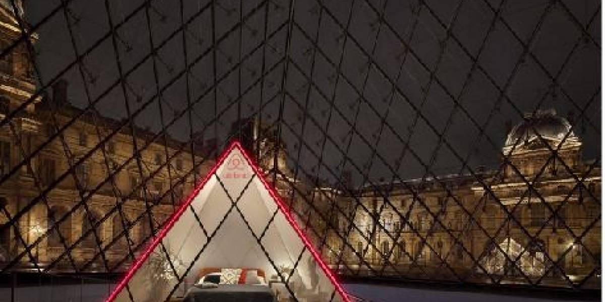 Pasa una noche en el Louvre