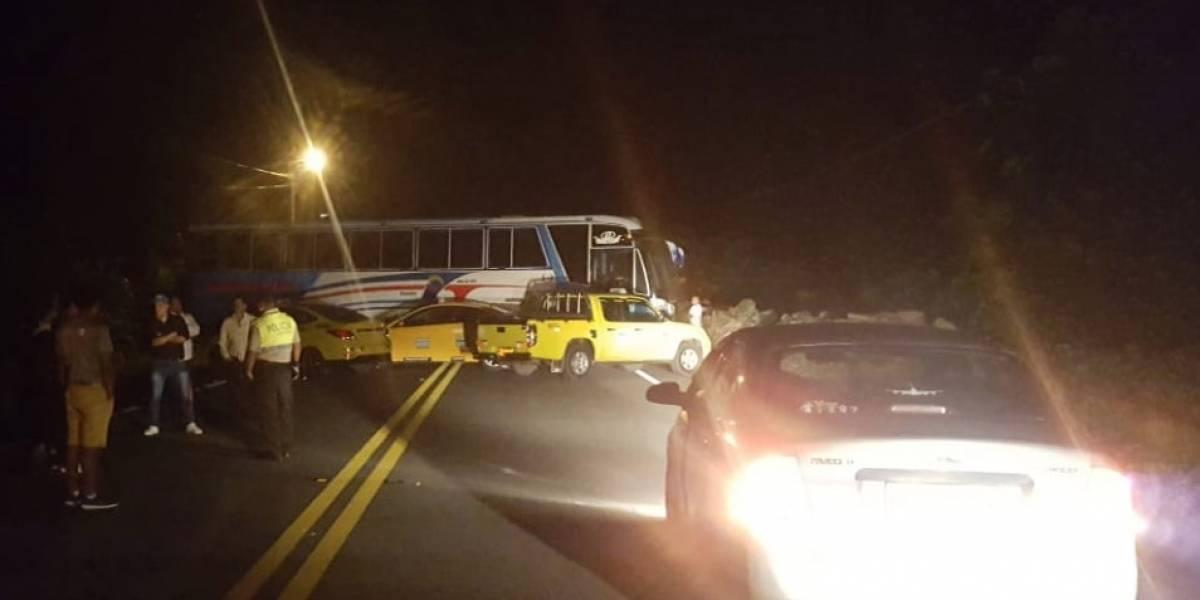 Paro de transportistas provoca cierres viales en Tena y Archidona