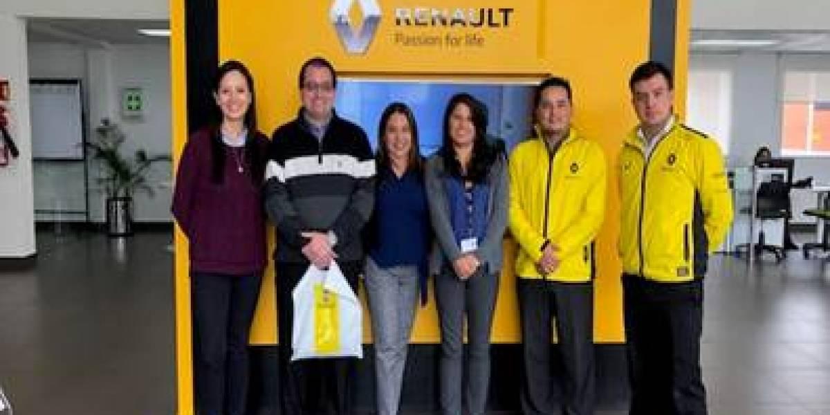 Renault Ecuador recibió visita de funcionarios de Panamá
