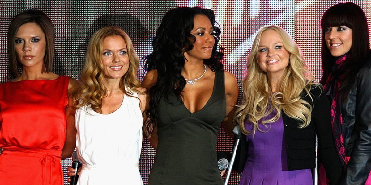 Falhas de som marcam primeira apresentação de turnê das Spice Girls