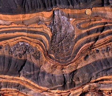 La Tierra estuvo completamente cubierta de hielo durante 100 millones de años
