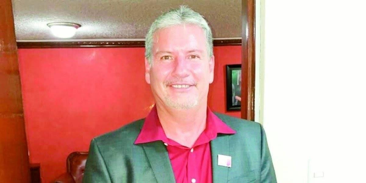 Condenan a 15 meses de prisión a alcalde de Morena por usar pasaporte falso