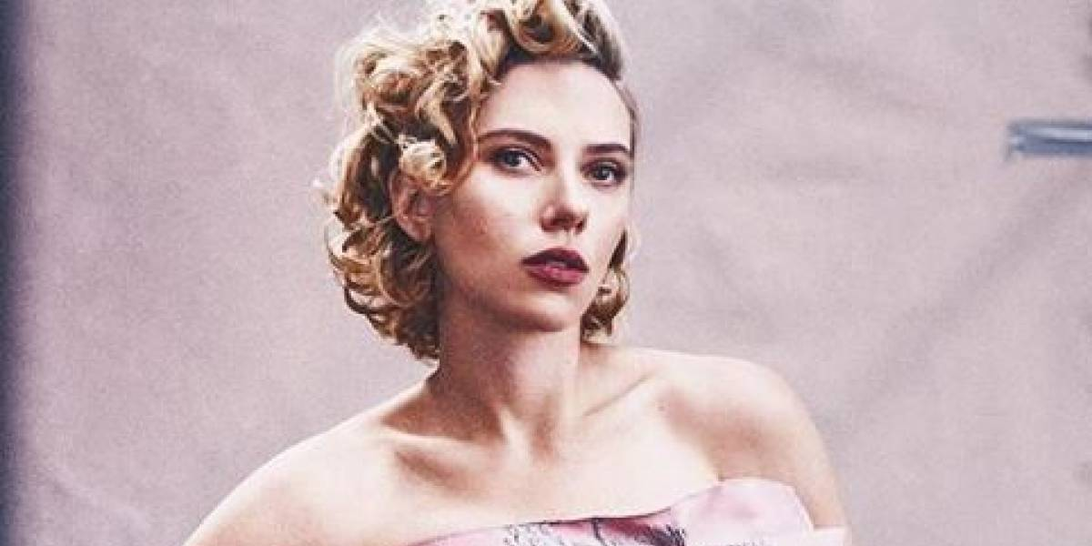 Scarlett Johansson sufre terrible acoso de paparazzis luego de rumores sobre reducción de busto
