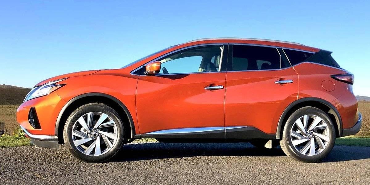 Reconocen a Nissan Murano como mejor SUV de dos filas